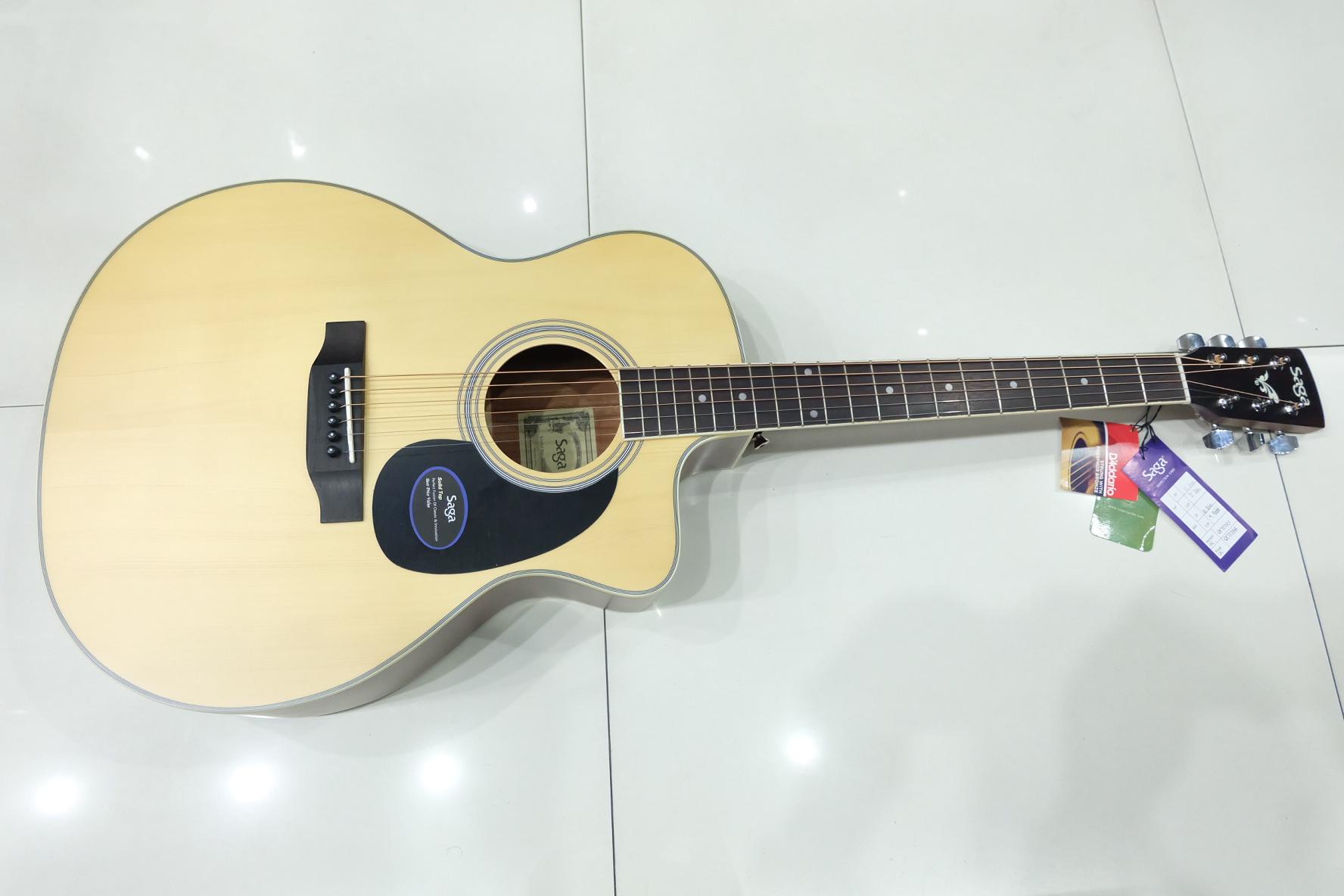 SAGA SG-700CE